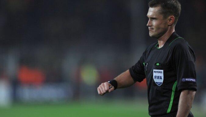 Russian referee Vladislav Bezborodov