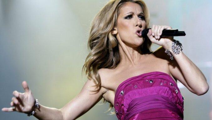 Селин Дион отменила концерты из-за проблем со слухом