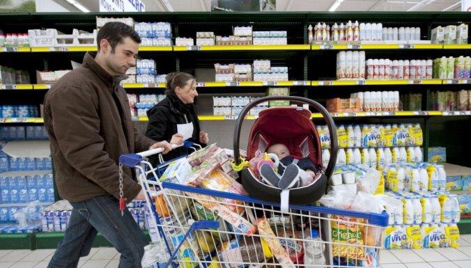 EP deputāti prasa samazināt cukura saturu zīdaiņu pārtikā