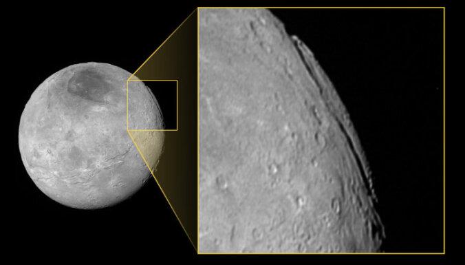 Обнаружен самый глубокий каньон в Солнечной системе