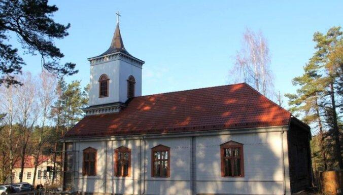 Ādažu Evanģēliski luteriskā draudze plāno celt no jauna Carnikavas baznīcu Siguļos