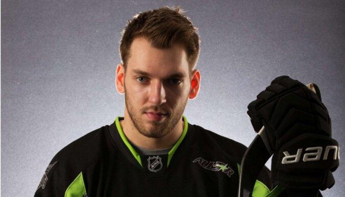 Girgensons NHL Zvaigžņu spēlē guvis pozitīvas emocijas un enerģiju