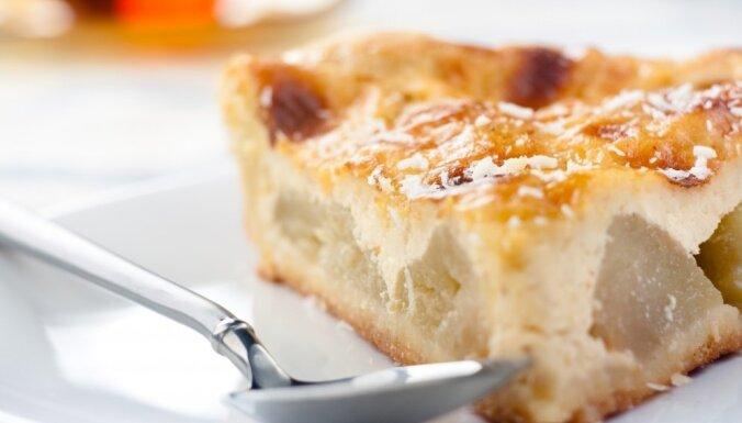 13 ābolu pīrāgi, našķi un deserti saldākiem darbdienu vakariem