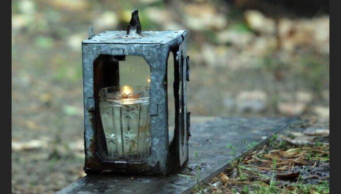 Вандалы учинили погром на кладбище