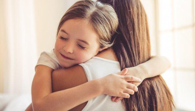 10 veidi, kā bērnā ieaudzināt prasmi būt pateicīgam
