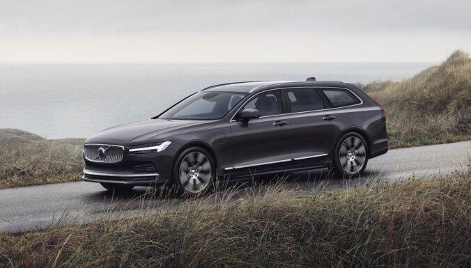 'Volvo' modernizējis 'S90' un 'V90' modeļu saimi