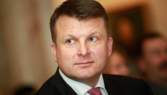ВИДЕО: Шлесерс призвал не отдавать латвийских русских России