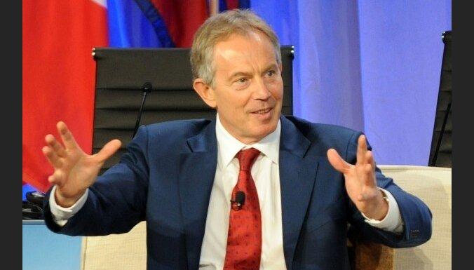Vāc parakstus pret Tonija Blēra iecelšanu par pirmo 'ES prezidentu'