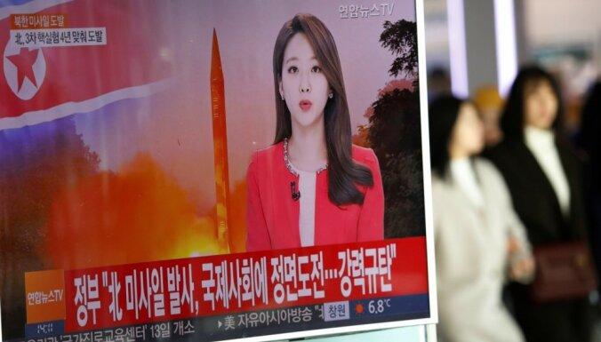 Ziemeļkoreja izmēģina pirmo ballistisko raķeti kopš Trampa stāšanās amatā