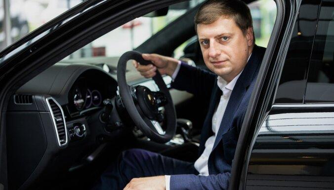 'Porsche' dīlercentra vadību Latvijā pārņem Ivars Norvelis