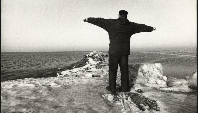 Atklās Hardija Lediņa darbu retrospekciju 'Lediņš. Starp to un kaut ko citu'