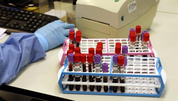 Pusei no aizvadītajā diennaktī reģistrētajiem Covid-19 saslimšanas gadījumiem infekcijas avoti zināmi