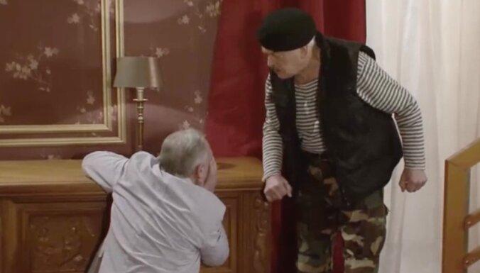 Gada belziens 'UgunsGrēkā': Jakovļevs uzšauj Dumpim