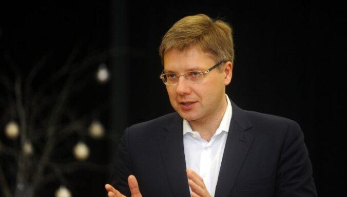 'Rīdzinieka karte' par 775 eiro ir piedāvājums pašvaldībām, uzsver Ušakovs