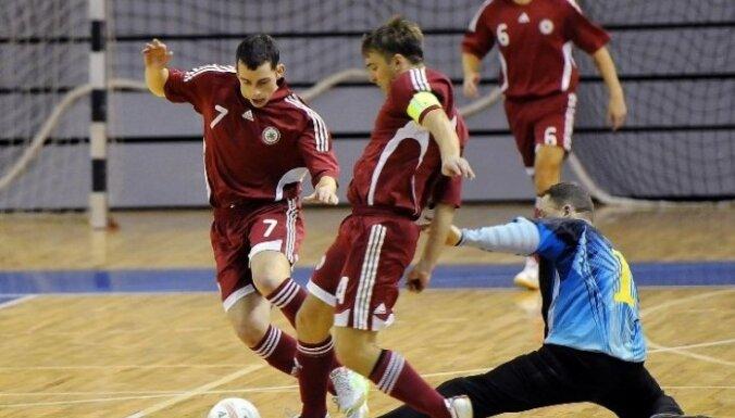 Сборная Латвии проведет два матча с Украиной