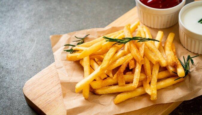 Uzmanies! Ja ēd čipsus, cepumus, bulciņas un frī kartupeļus, tu ēd arī akrilamīdu