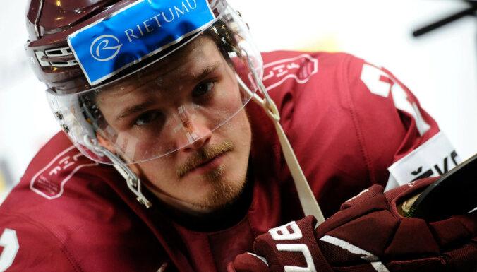 Porziņģis novērtē Balcera sniegumu NHL