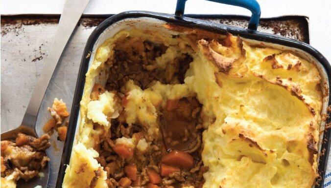 Kartupeļu un maltās gaļas sacepums jeb Shepherd's pie