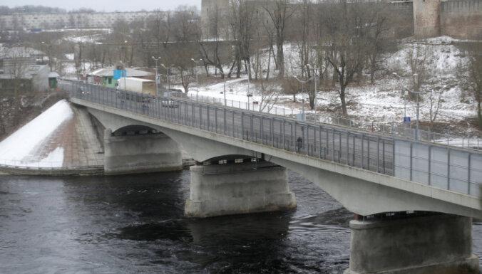 Четверо африканцев пытались вплавь попасть из России в Эстонию через Нарву