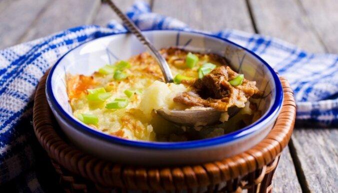 Gaileņu un kartupeļu sacepums
