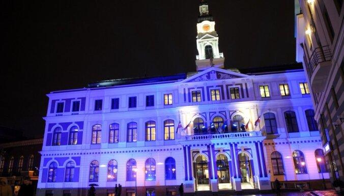 Rīgas domes budžeta grozījumos izdevumi pieaugs līdz 997 miljoniem eiro