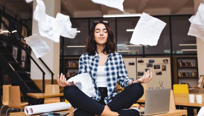 Как разобрать склад ненужных эмоций и мыслей и почувствовать себя настоящей женщиной