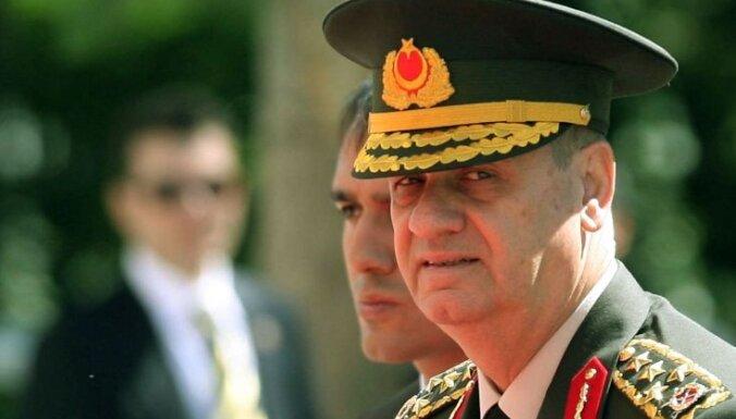 Bijušajam Turcijas armijas komandierim pieprasīts mūža ieslodzījums