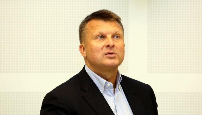 """Шлесерс может вернуться в политику: видит Латвию """"Кремниевой долиной Европы"""" с христианскими ценностями"""