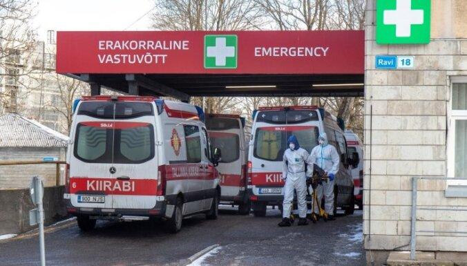Tallinas Ātrā palīdzība plāno atlaist pret Covid-19 nevakcinētus darbiniekus