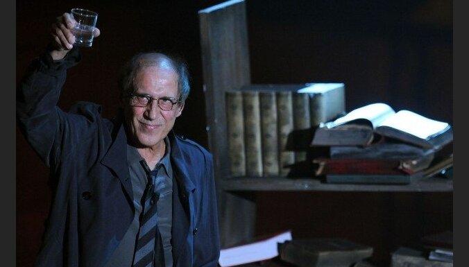 Челентано превратил открытие Сан-Ремо в политическое шоу