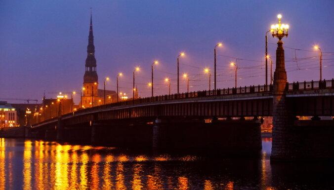 Aicina ģimenes un nelielas draugu grupas piedalīties orientēšanās spēlē un iepazīt Eiropu Rīgā