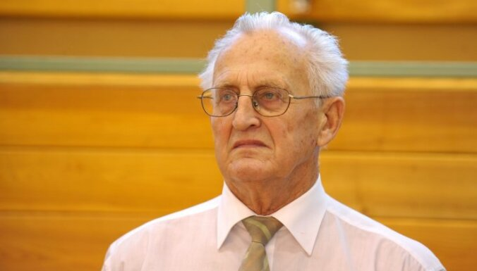 Balvu par mūža ieguldījumu sportā saņems basketbola treneris Imants Pļaviņš