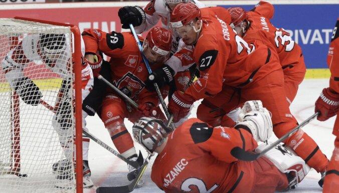 Cibuļskim rezultatīva piespēlē zaudētā IIHF Čempionu līgas finālmačā