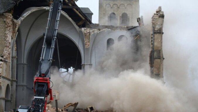 Lai dotu vietu ogļraktuvēm, Vācijā nojauc senu baznīcu