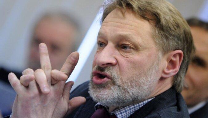 Putina ideoloģija balstās padomju mirāžā, vērtē Oreškins