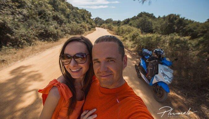 Kā latviešu ceļotāji ar motorolleru izbraukāja Šrilanku – salu ar dvēseli