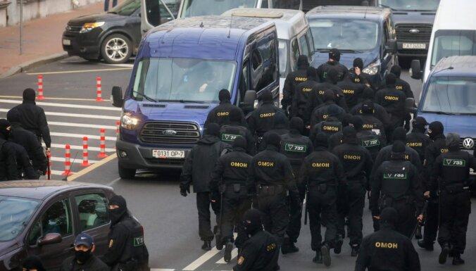 В Беларуси проходят обыски у журналистов и правозащитников