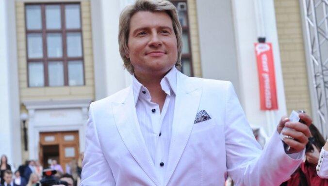 Басков рассказал, что потерял девственность с проституткой