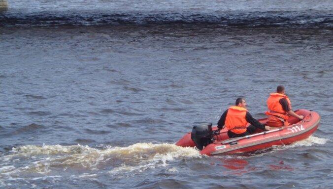 Спасены трое отдыхающих, которых унесло в море