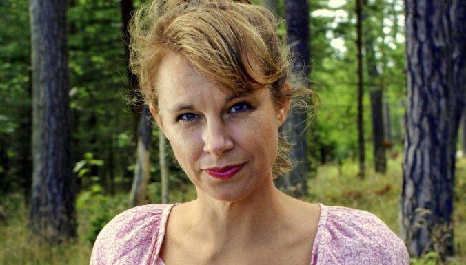 Apdraudēta Nobela prēmijas literatūrā piešķiršana: atkāpjas kārtējā Zviedrijas Akadēmijas locekle