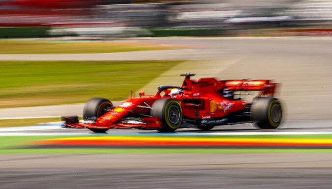 'Ferrari' piloti svelmainajā Hokenheimā uzrāda ātrākos laikus treniņbraucienos