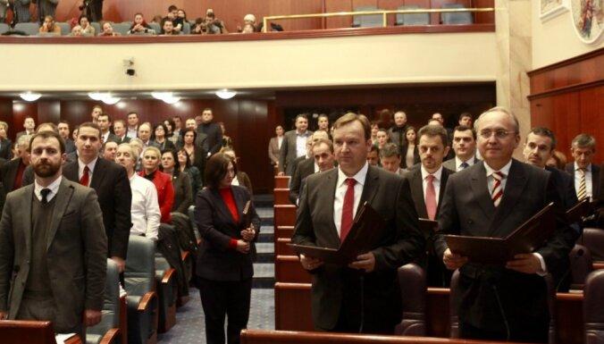 Maķedonijas parlaments nobalso par savu atlaišanu pirms vēlēšanām