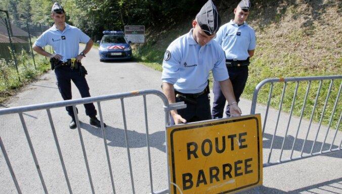 Izmeklētāji: četru cilvēku slepkavība Alpos varēja notikt ģimenes strīda par naudu dēļ