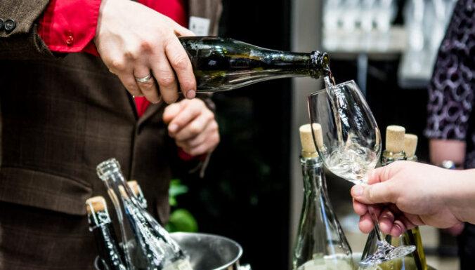 Trešo gadu notiks Latvijas augļu un ogu vīnu un sidru skate