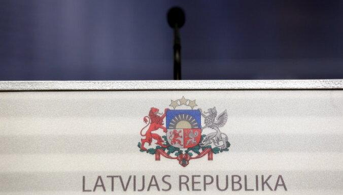 Депутаты отклонили идею, что президентом может стать лишь проживший последние 3 года в Латвии кандидат