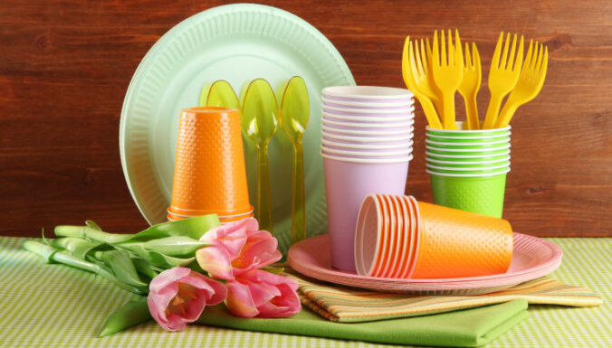 Rimi с 2020 года прекратит продажу одноразовых пластмассовых изделий