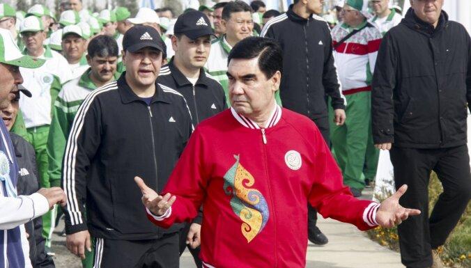 Turkmenistānā veterāniem jāsamaksā par dāvanām, ko līderis dāvinās 9. maijā