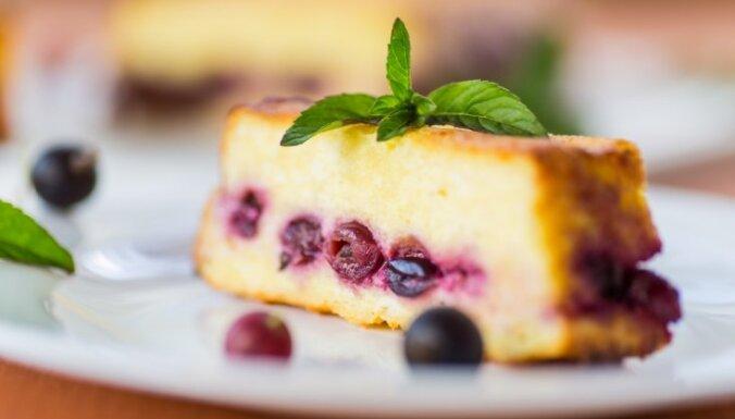 Biezpiena sacepumi un kūka saldākai dienai: septiņi kārdinoši varianti