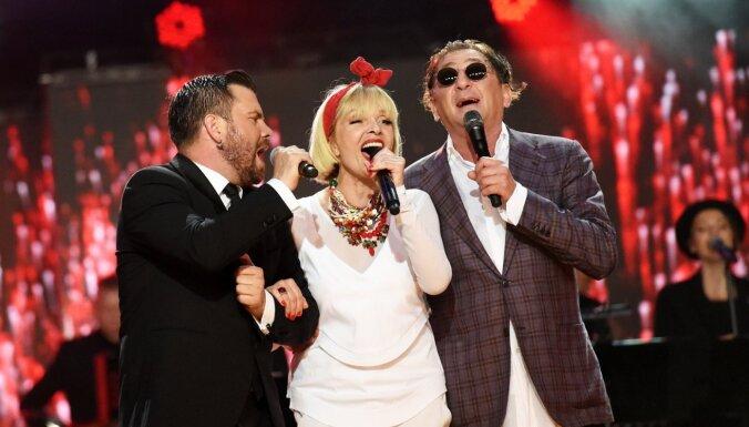 Latvijas 'melnajā sarakstā' iekļautais dziedātājs Ļepss zaudē pīrādziņu biznesu