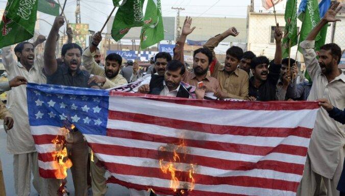 США лишат Пакистан помощи на $700 млн.